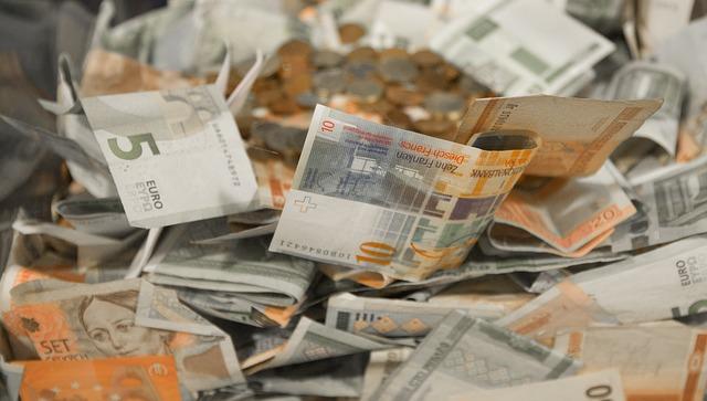 našetřené peníze