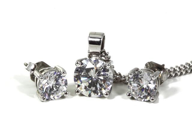 strieborný set šperkov