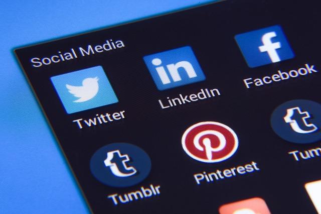Sociálne média.jpg