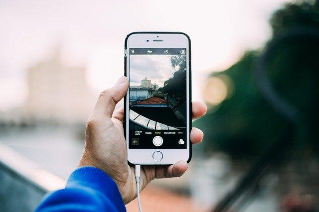 Fotografovanie mobilom.jpg